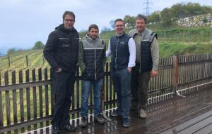 Stefan Müller, Kellermeister Martin Rethaller, Alex Koblinger und Leopold Müller